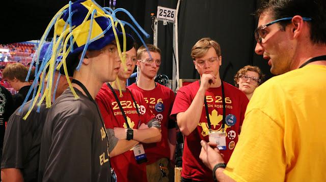 FRC World Championships 2015 - 20150423%2B16-59-36%2BC70D-IMG_2223.JPG