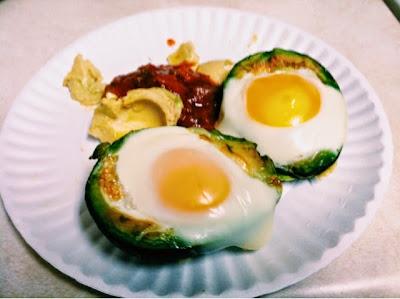 avocado, egged, baked avocado, salsa, vegetarian, veggies, healthy, healthy eating