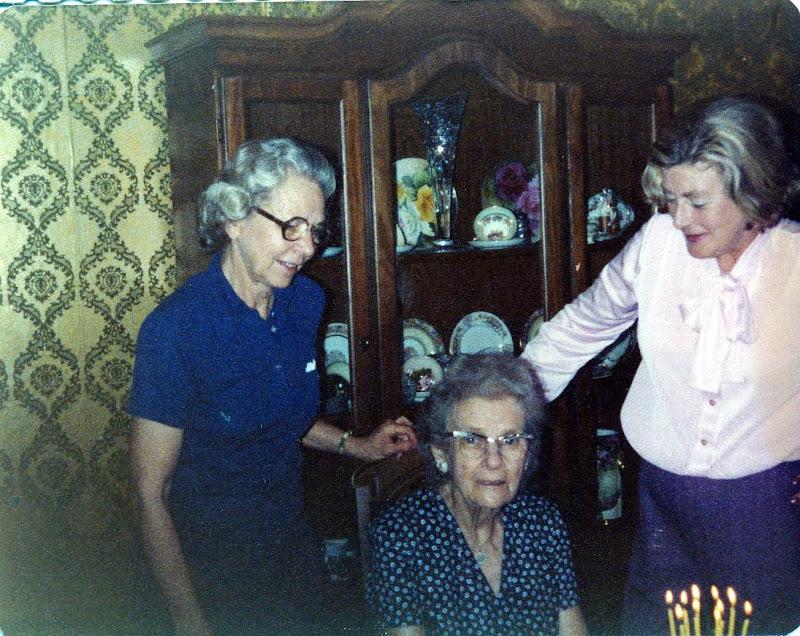 Dorothy, Henrietta and Virginia Boekman
