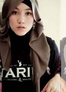 Hana-Tajima-Hijab-Style-Icon-2012