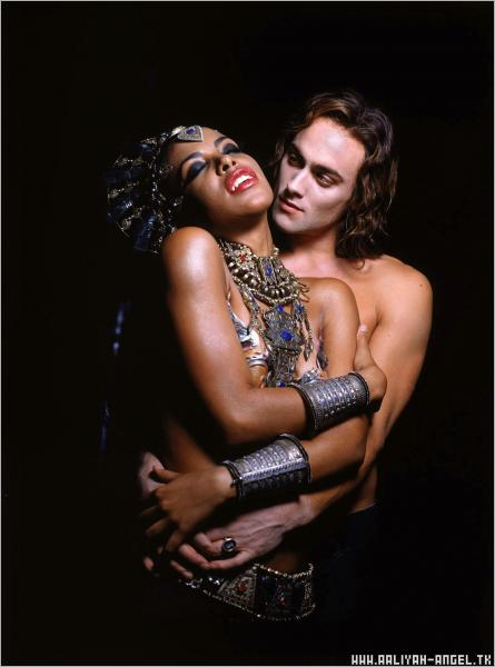 Aaliyah Stuart Townsend Queen Of The Damned, Vampire Girls 2