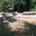 Kainua citta etrusca Scalinata d'accesso all'altare-podio-etruschi-marzabotto-bologna.jpg