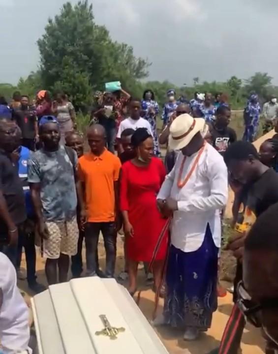 BBNaija's Omashola Oburoh Buries His Father