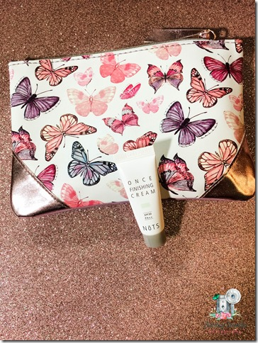 April 2018 Ipsy Bag (©Jenny @ Flutterbye Chronicles)-3
