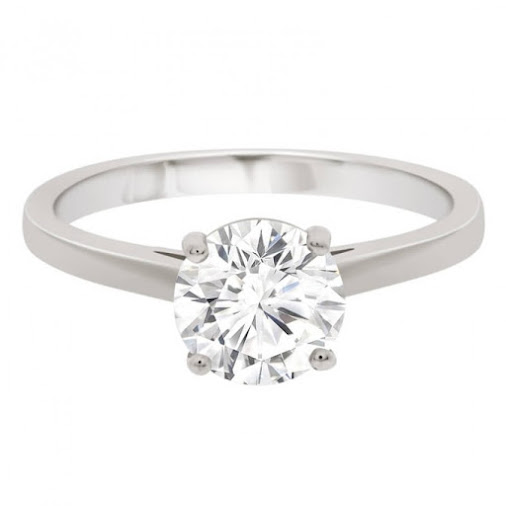 The Simple Solitaire. Classic Understated Beauty. #solatire #engagementring