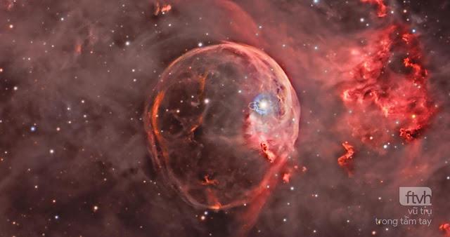 NGC 7635: Tinh vân Bong bóng mở rộng