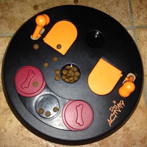 befülltes Hundespielzeug