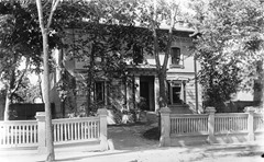 William_Notman's_house,_557_Sherbrooke_Street_West,_Montreal,_QC,_1893