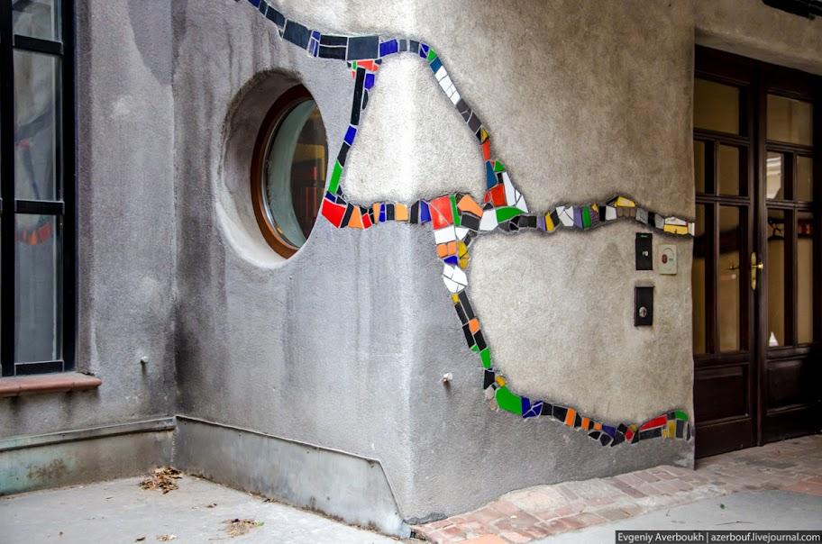 https://lh3.googleusercontent.com/-hO1REY-IOPY/USXkDxt27xI/AAAAAAAANqU/c2p4uCW_8ao/s912/Austria-Architecture-Hundertwasserhaus-012.JPG
