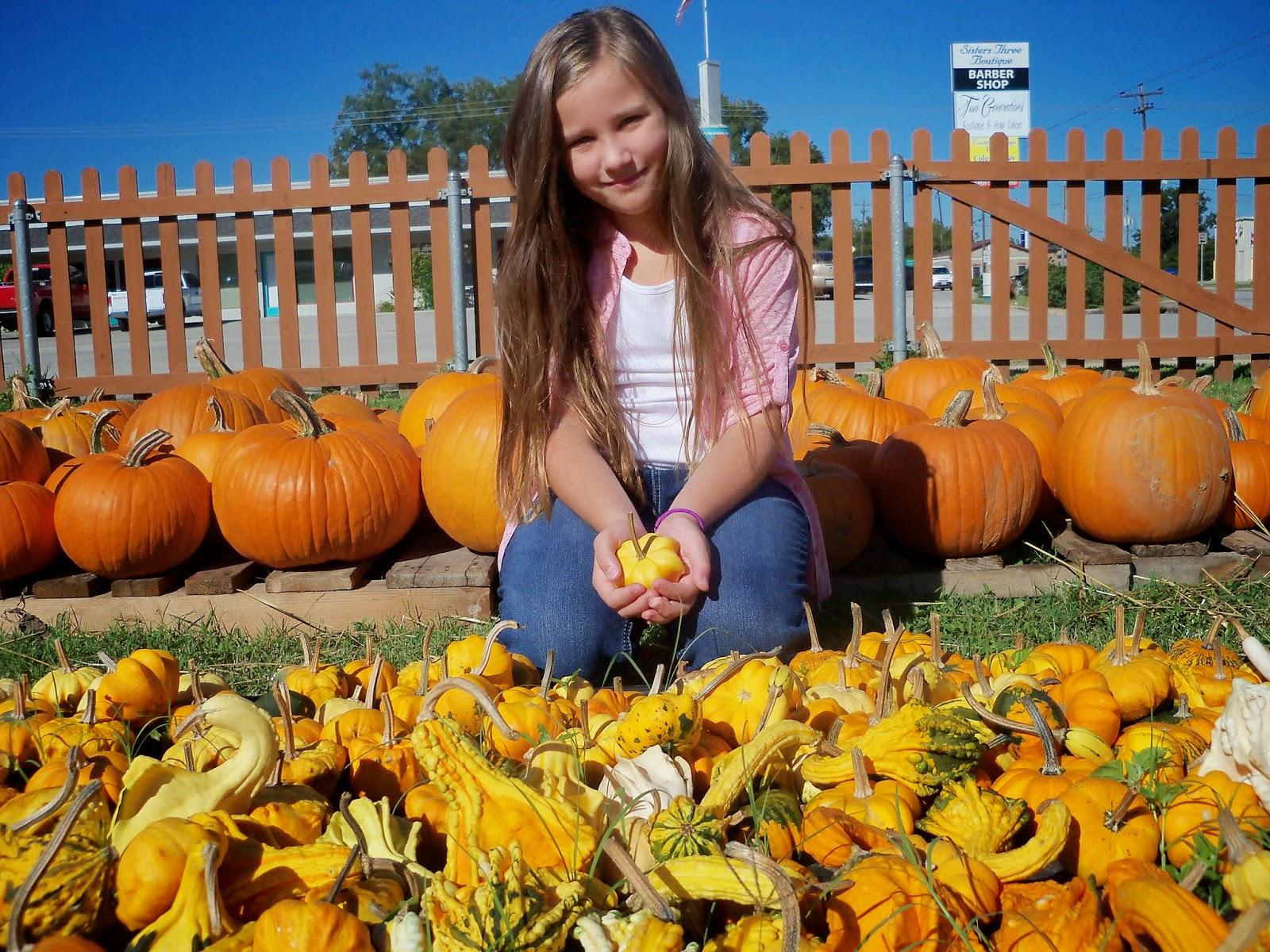 Pumpkin Patch 2014 - 116_4430.JPG