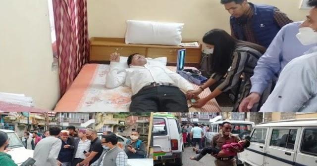 हिमाचल: देवता के दर्शन कर लौट रहे विधायक वाहन समेत खाई में गिरे, 2 बच्चे समेत कुल 5 थे सवार