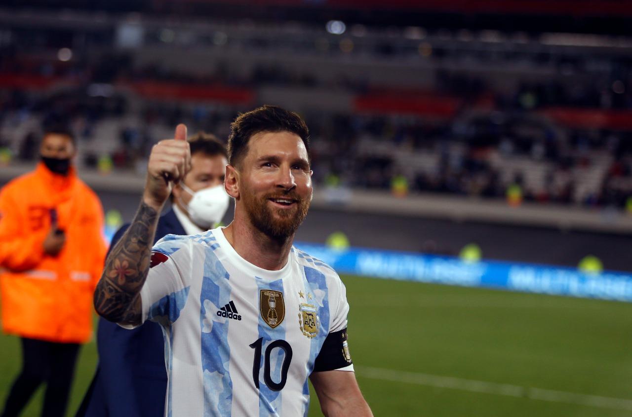 LEO, người Nam Mỹ đầu tiên ghi 80 bàn thắng cho ĐTQG