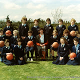1986_team photo_Basketball_girls.jpg