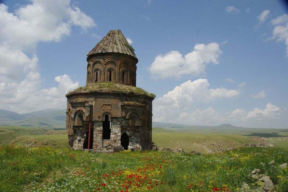 ani-ruined-churches-11