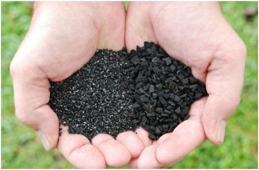 Pengaruh penambahan karbon aktif pada pelindian emas dengan sianida