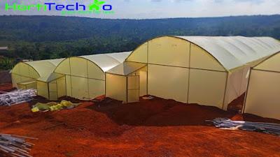 Metallic greenhouse construction in Kenya