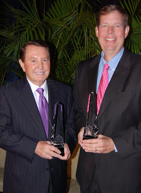 George G. Beasley & Theo Etzel: Laureates, Collier 2011