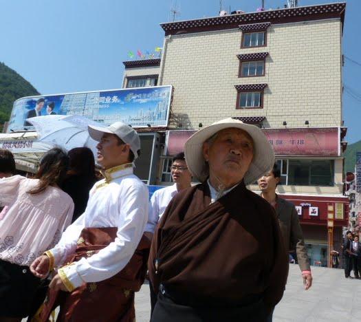 CHINE SICHUAN.KANDING , MO XI, et retour à KANDING fête du PCC - 1sichuan%2B1860.JPG