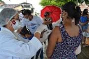 Santo Amaro das Brotas vacina população acima dos 30 anos e antecipa segunda dose
