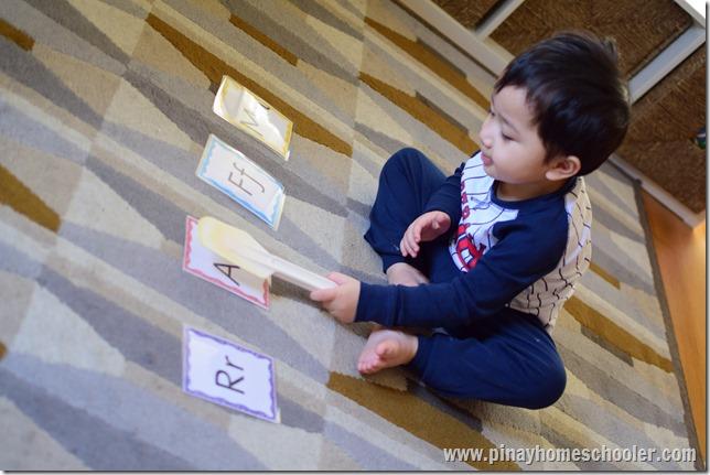 MontessoriLetterR