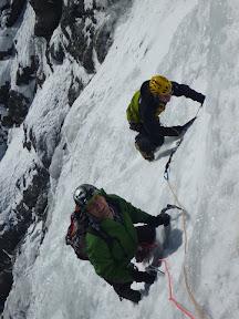 Une glace blanche, humide mais très bonne à grimper
