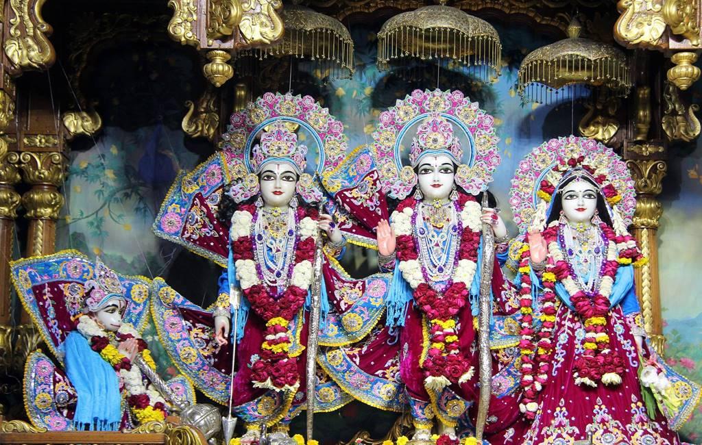 ISKCON Delhi Deity Darshan 02 Feb 2016 (7)
