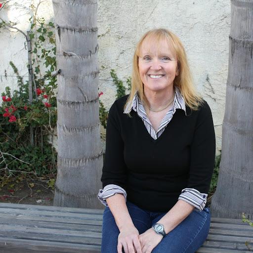 Lori Reich