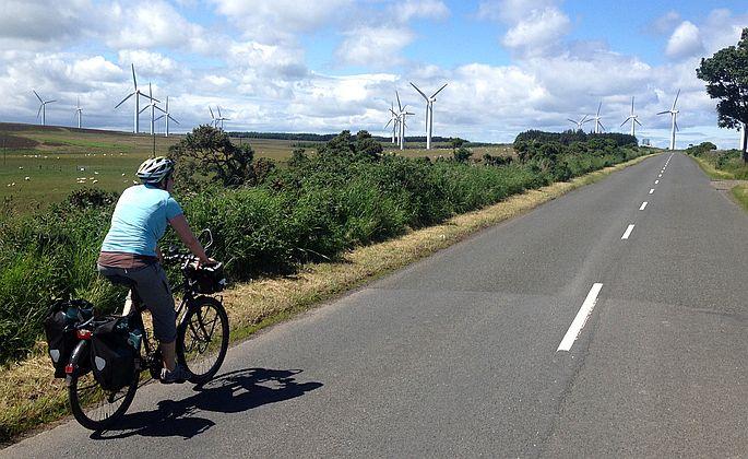 Windräder auf 230 Meter Höhe auf der National Cycle Route 76