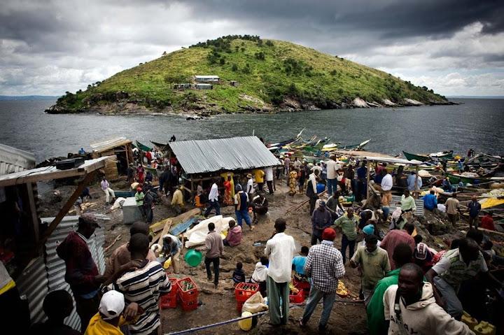 Migingo, uma pequena ilha lotada no meio de um lago