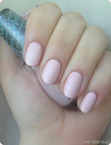 Sinful Colors Kylie Trends Matte in Kitty Pink Nail Polish Kylie Jenner
