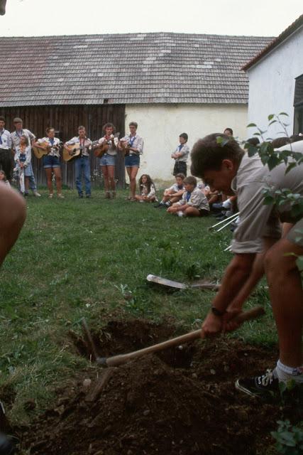 1985-1994 - 324-.jpg