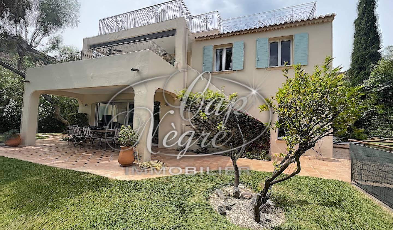 Villa avec jardin et terrasse Le Lavandou