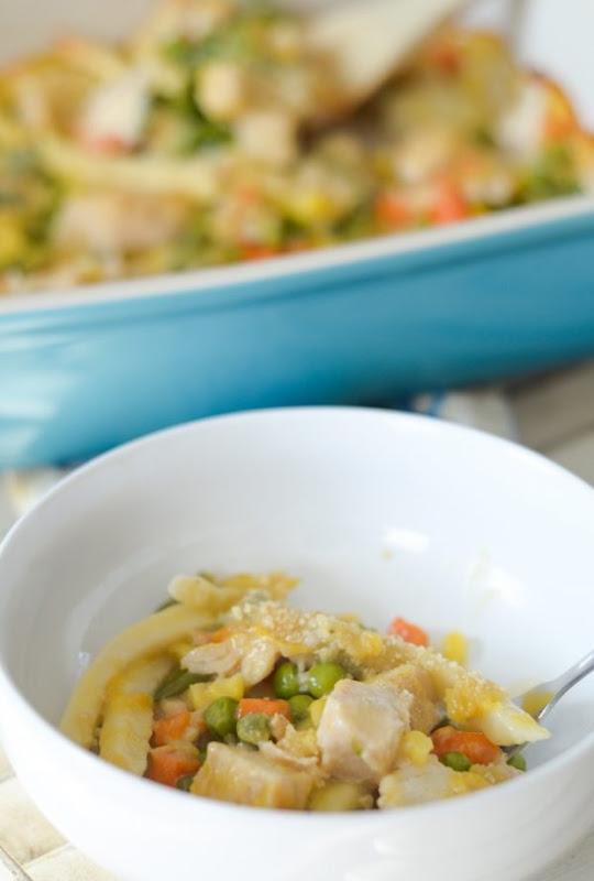 gluten-free-chicken-noodle-casserole-3-600x889