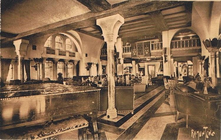 14- Barroquismo e hispanidad en los salones del REINA DEL PACIFICO. Colección Arturo Paniagua.jpg