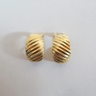 18K Gold Clip Earrings