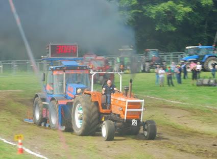 Zondag 22-07-2012 (Tractorpulling) (167).JPG