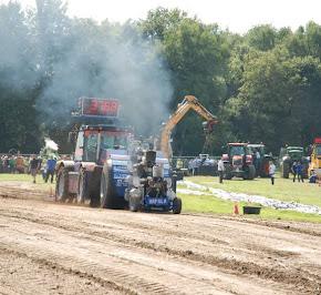 Zondag 22--07-2012 (Tractorpulling) (167).JPG