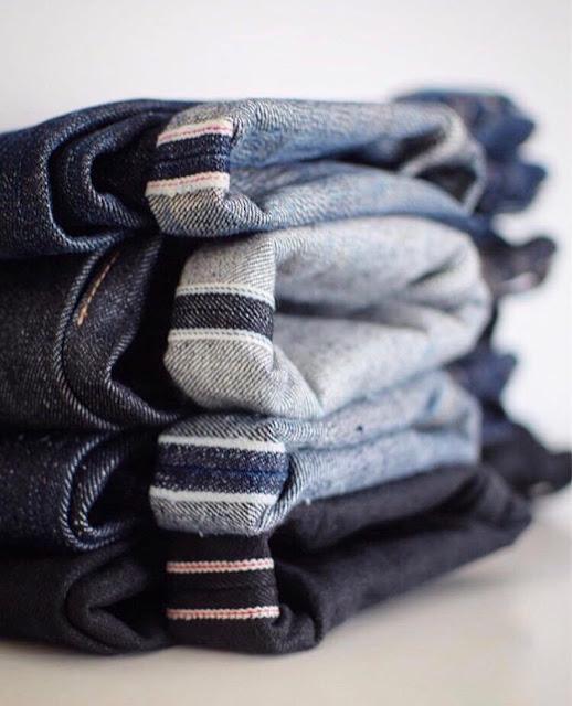 Jeans com barras dobradas