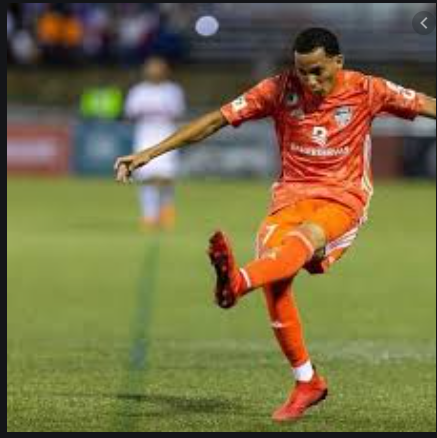 Edarlyn Reyes (Tamarindo) ficha con el Real Santa Cruz de Bolivia