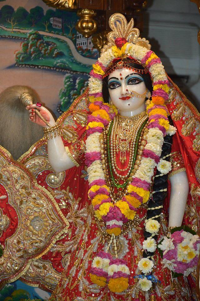 ISKCON Ujjain Deity Darshan 04 April 2016  (10)