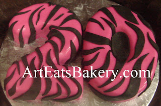 Custom creative unique sculpted 20 pink and black zebra stripe fondant Lady's birthday cake design idea picture