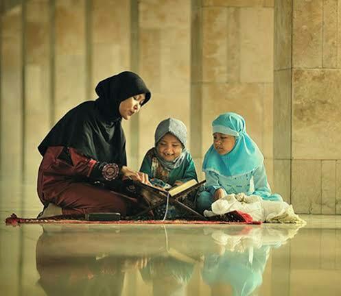 Peran Ibu Sebagai Pencetak Peradaban