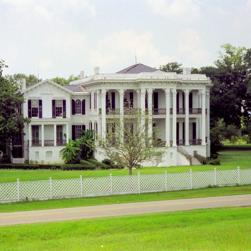 New_Orleans_13 Mansion.jpg