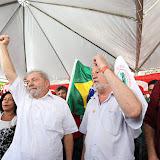 Lula visita acampamento da democracia