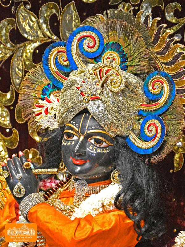 ISKCON Hare Krishna mandir Ahmedabad 11 Jan 2017 (2)