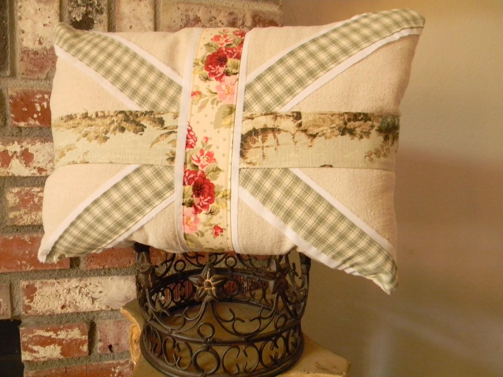 Shabby Chic Union Jack Pillow : OkieChic: Shabby Union Jack Pillow