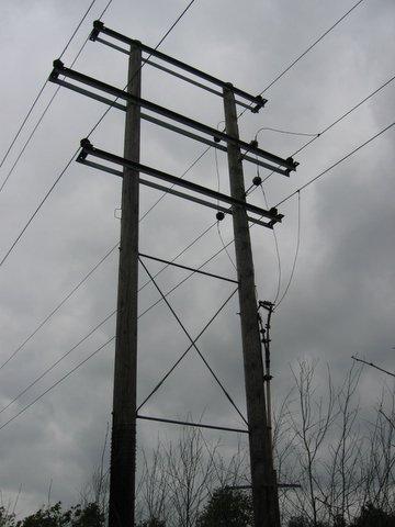 17 pylon