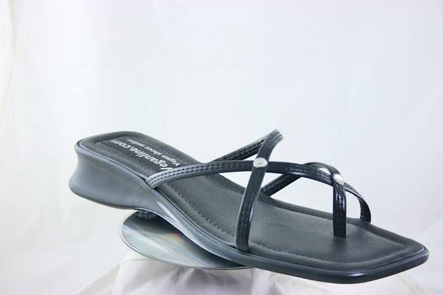 Vegan strappy sandal made in the UK