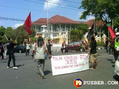 Aksi Demo Tolak Kenaikkan Harga BBM