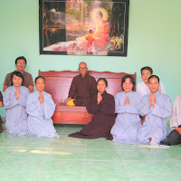 [TSPT-0080] Phật tử thăm Thầy và tu viện (04/04/2009)